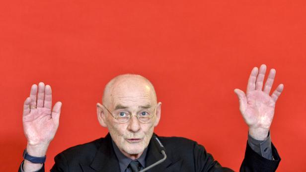 Architekturzentrum-Direktor Dietmar Steiner am Freitag, 12. Februar 2016, anl. einer Pressekonferenz in Wien