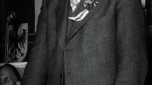 ERSTER FPÖ-CHEF REINTHALLER (ANFANG DER 1950er-JAHRE): Alte Loyalitäten hielten.