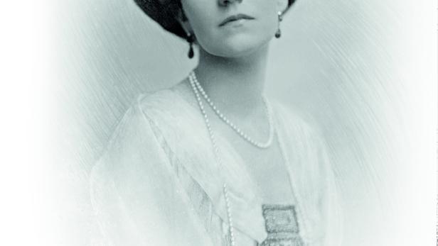 Elisabeth Petznek (1911)