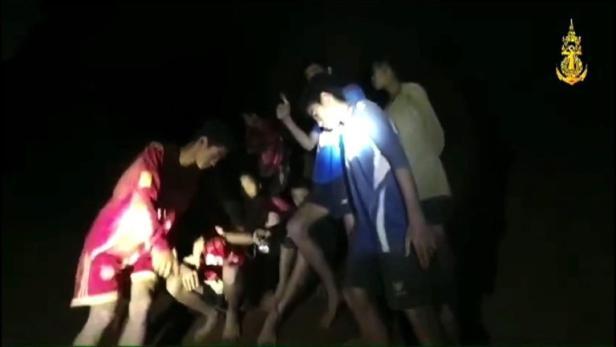 Thailand: Jugendliche müssen in Höhle ausharren