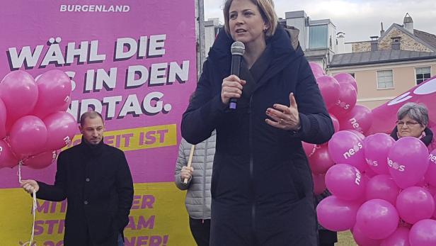 NEOS-Bundesparteichefin Beate Meinl-Reisinger im Rahmen des NEOS-Wahlkampfauftakts für die burgenländische Landtagswahl in Eisenstadt.