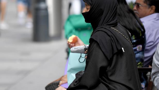 Das Burkavervot ist in Österreich seit sechs Monaten in Kraft: Was hat es gebracht?