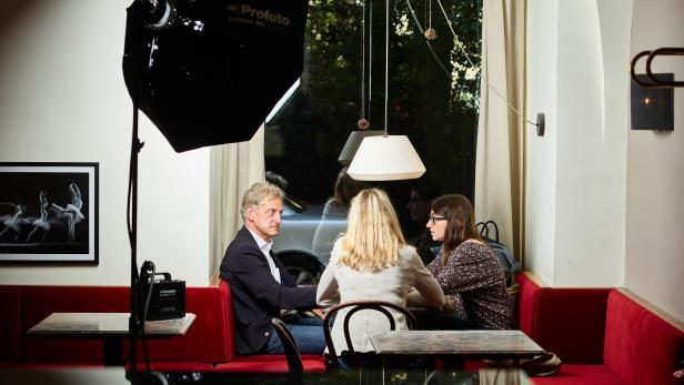 Julia Herr und Josef Cap im Gespräch mit profil-Redakteurin Rosemarie Schwaiger