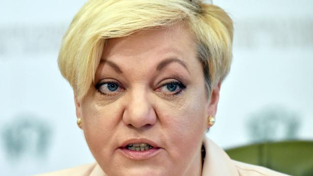 Valeria Gontareva während einer Pressekonferenz in Kiew  im April 2017