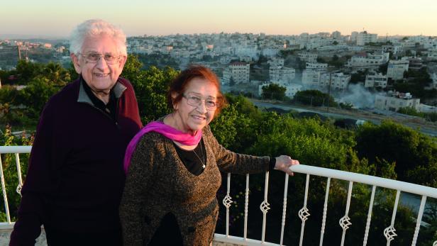 """Eljakim und Deborah Haetzni. """"Wir sind so glücklich hier."""""""
