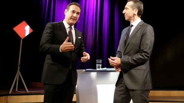 """Bundeskanzler Christian Kern und FPÖ-Chef Heinz-Christian Strache bei der Ö1-Diskussion """"Klartext""""."""