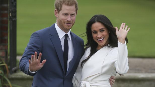 Prinz Harry und Meghan Markle im Kensington Palace, kurz nach Bekanntgabe ihrer Verlobung.