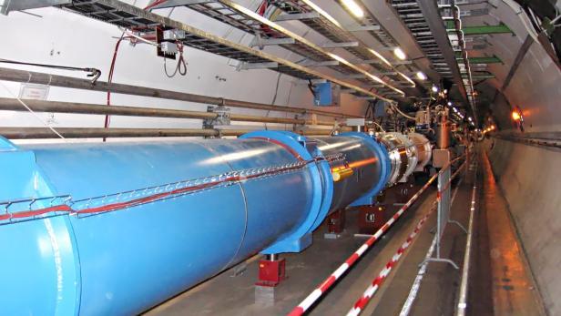 Der Tunnel des Large Hadron Collider (LHC)