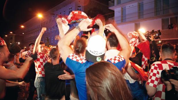 Den Sieg im Halbfinale gegen England bejubelten die Kroaten laut aber friedlich. Nach dem Sieg gegen REussland gab es allerdings Randale auf der Ottakringerstraße in Wien.