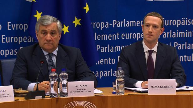 EU-Parlamentspräsident Antonio Tajani (l.) und Facebook-CEO Mark Zuckerberg (r.)