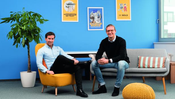 Die Gründer Gregor Müller (l.) und Felix Ohswald (r.) des Start-upsGo-Student.