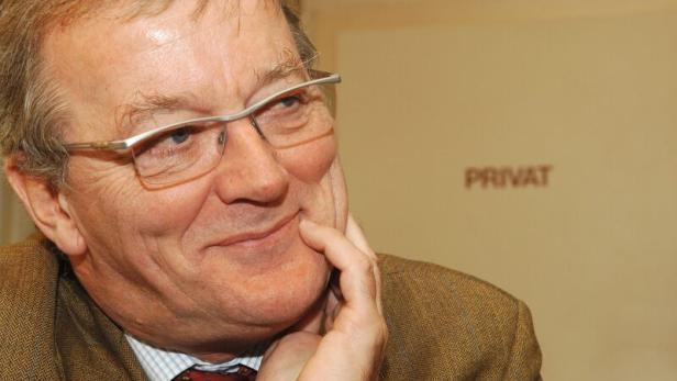 Caspar Einem im Jahr 1997