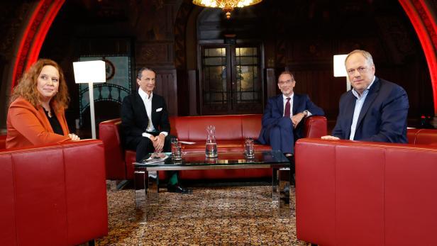 "PROFIL-TV: ""Club 3""mit Doris Vettermann (""Kronen Zeitung""), Christian Rainer (profil), Minister Heinz Faßmann, Richard Grasl (""Kurier"")"
