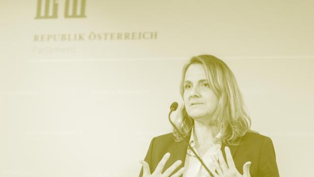 Dagmar Belakowitsch, FPÖ-Nationalratsabgeordnete